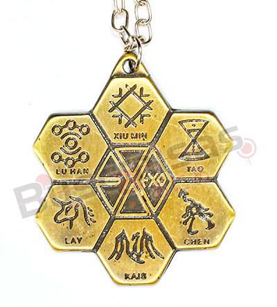 KPOP-12 - Colar Integrantes EXO - Dourado