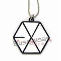 KPOP-28- Colar Medalha EXO - Preto