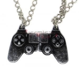 NRD-14 - Colar Duplo Controle Playstation 4